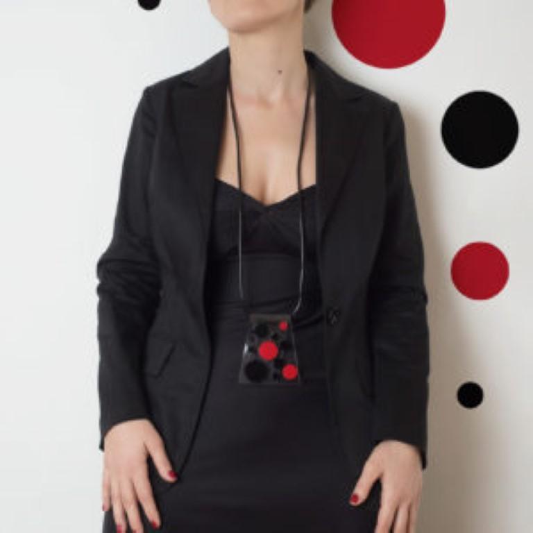 Ciondolo CRAVATTA 2 modella trasparente-rosso-nero