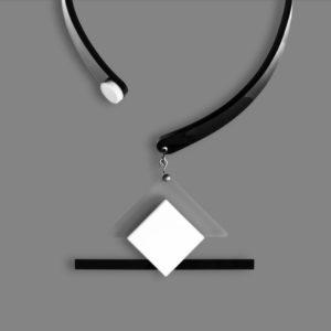 Ciondolo MALEVIC 2 bianco-nero
