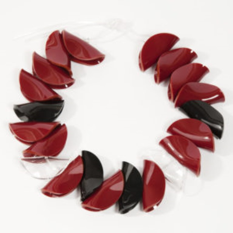 Collana Mamutones rosso bordeaux-trasparente-nero