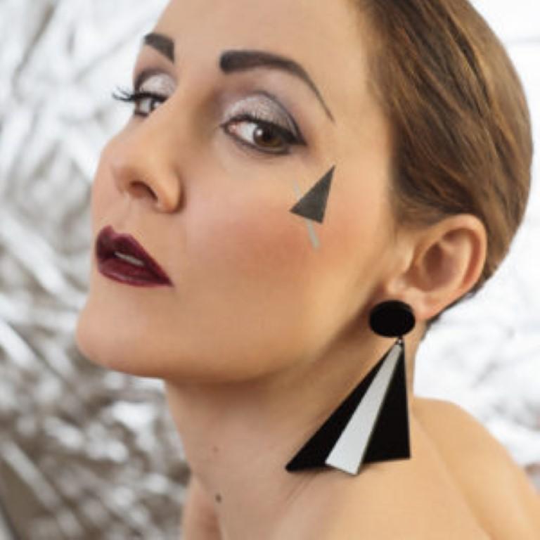 Orecchini VENTAGLIO modella argento-nero